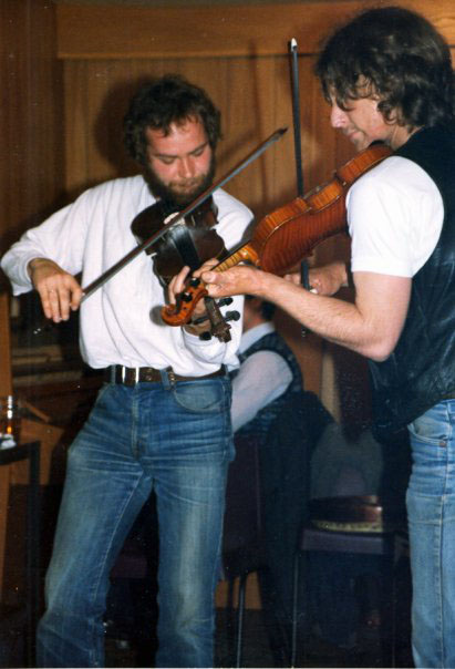 Jes Kroman (left) performing at the first Shetland Folk Festival in 1981 - Photo: Jes Kromann collection.