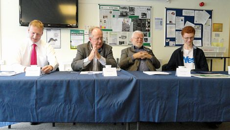Presenting the Better Together case on his own was Shetland MSP Tavish Scott (left). The opposing view was put forward by Danus Skene and Ross Greer (both on the right). The debate was chaired by former councillor Bill Manson - Photo: ShetNews