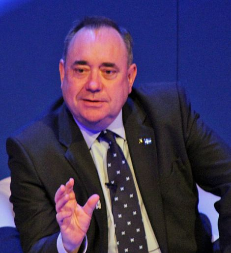 First minister Alex Salmond making a point during the public meeting in Mareel on Thursday - Photo: Hans J Marter/ShetNews
