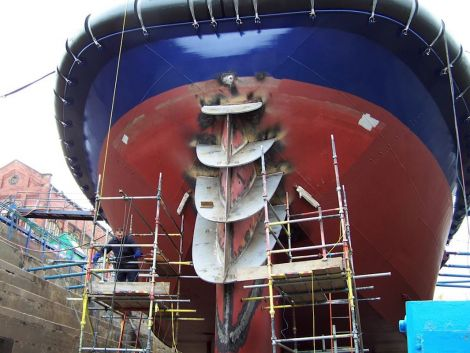 Work in progress on the Solan - Photo: Captan Steven Gardiner/SIC
