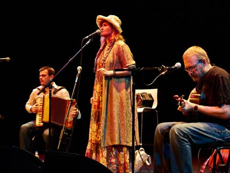 The singer was flanked by Irish accordionist Alan Kelly and English songwriter Boo Hewerdine. Photo: Chris Brown