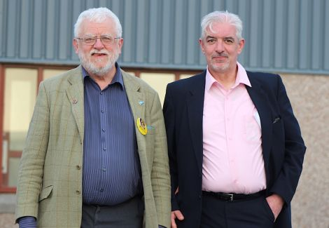 Only SNP candidate Danus Skene (left) and Labour hopeful Gerry McGarvey turned up for Saturday night's hustings organised by the Althing debating society - Photo: Hans J Marter/ShetNews