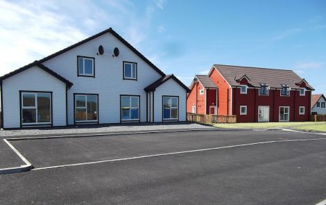 Commission chairman Alastair Hamilton was surprised that, despite new properties being built, 10 per cent fewer households in Shetland have central heating compared to national figures.