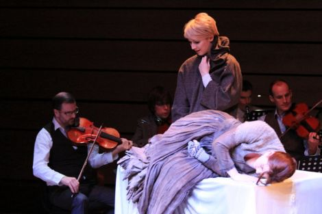 A scene from Hirda (left to right): Chris Stout (Violin), standing - Laura Smith (Vaila); lying down Marie Clair Breen (Ghost) and Martin Wiggins (Viola) - all photos: Davie Gardner