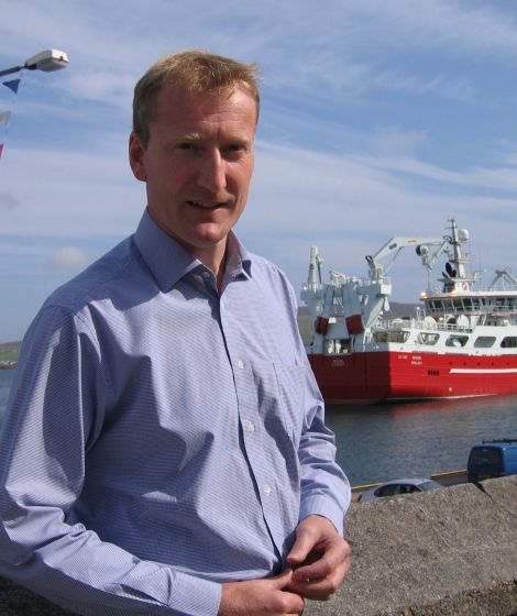 Tavish Scott is calling for more powers to be devolved to the islands.