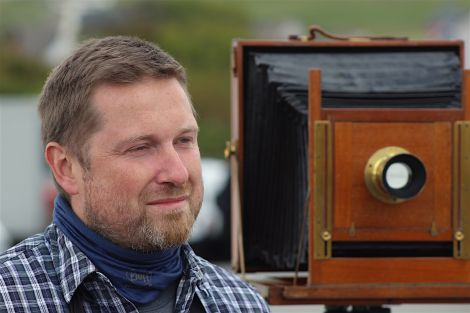 Photographer Jack Lowe - a man and his camera - Photos: Hans J Marter/ShetNews