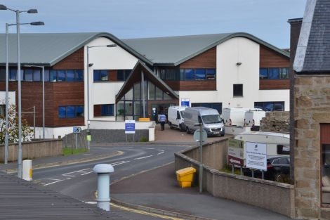 Vans at the entrance to the SIC's North Ness headquarters on Tuesday morning. Photo: Shetnews/Neil Riddell
