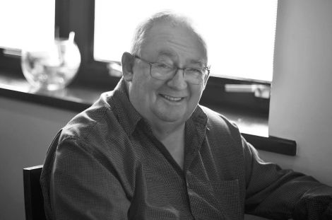 Lawrence, pictured at the Shetland Hotel in 2015, was a regular contributor to BBC Radio Shetland from its earliest days. Photo: Katarina Juvančič.