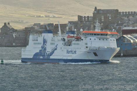Passenger ferry Hrossey arriving in Lerwick.