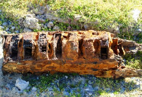 The magazine rack of a Lewis machine gun from World War II was found by a local diver near Sellaness at the weekend.