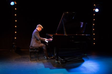 Neil Georgeson will again feature in the upcoming classical season at Mareel.