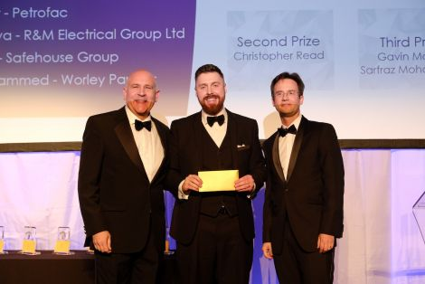 Award winner Daniel Gear (centre) with EIC CEO Stuart Broadley (left) and Dr Ian Broadbent (right), MBA director at Robert Gordon University.