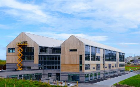 The new Anderson High School will be handed over to Shetland Islands Council within the next week. Photo: SIC